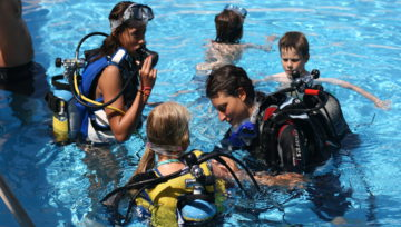 Teaching children to Scuba Dive